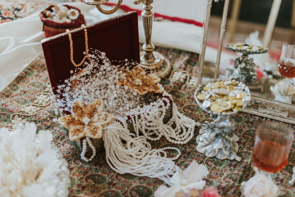 HEMSWELL COURT WEDDING | Maryam & James 3