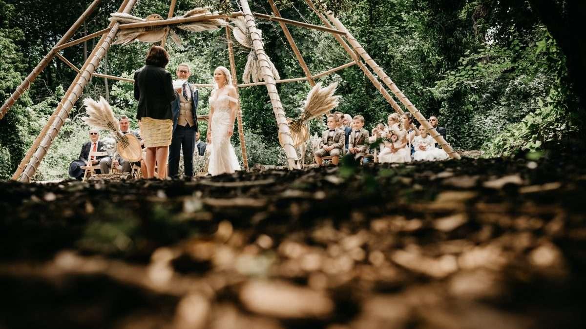 teepee wedding at hirst priory