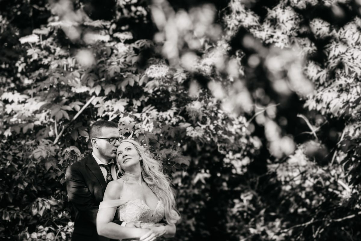 HIRST PRIORY WEDDING GUIDE 24