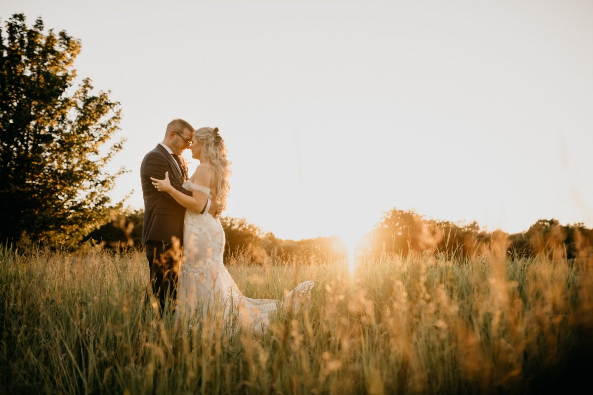 HIRST PRIORY WEDDING GUIDE 32